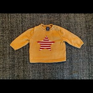 Gap star sweater size 6-12m